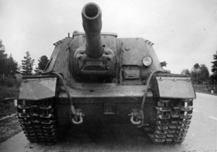 SU-152: From Assault Gun to Tank Destroyer | Warspot.net