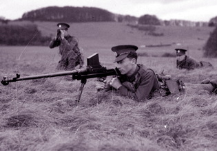 The British Way: Boys and PIAT | Warspot.net