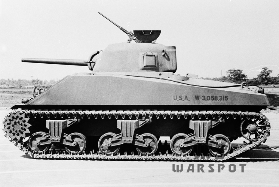 ​The tank can be identified by the lengthened engine compartment and spaced out bogeys - A Tank for Allies | Warspot.net
