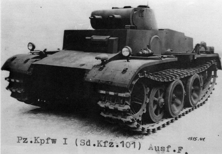 ​The experimental VK 18.01. The tank differed from the production tank in several ways, including the design of the track links - Pz.Kpfw.I Ausf. F: Pocket Tiger | Warspot.net