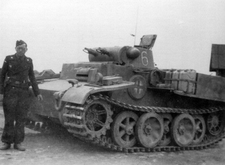 ​One of the tanks from the 66th Special Purpose Tank Battalion - Pz.Kpfw.I Ausf. F: Pocket Tiger | Warspot.net