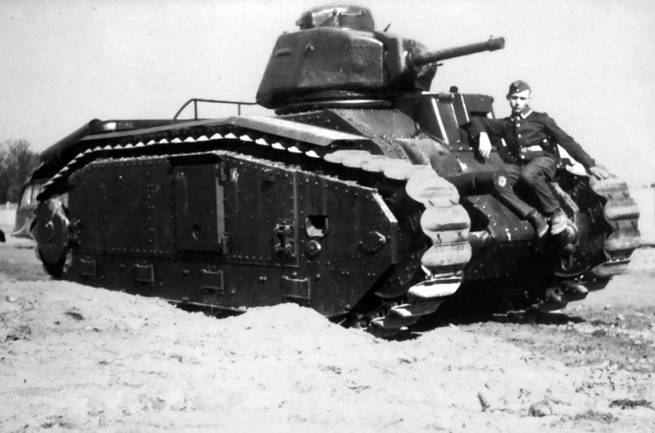 ​Pz.Kpfw.B2, 1941. As you can see, the original commander's cupola was kept - Char B in German Service | Warspot.net