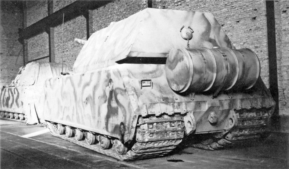 ​The last photograph of the «living» Maus tank, taken at the Ruhleben railway station in January of 1945 - Superheavy Trophy | Warspot.net