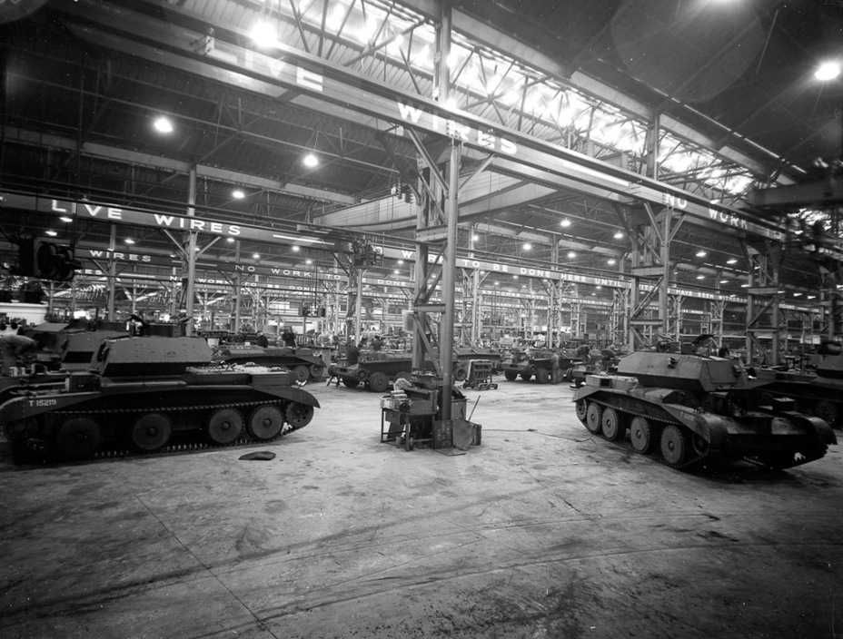 ​Production of the Cruiser Tank Mk.IVA at Nuffield Mechanizations & Aero, 1940. These tanks will later be sent to Africa - Cruiser IV: A Bit More Armour | Warspot.net