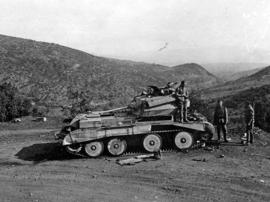 ​This tank was lost due to a broken engine. It was a part of the 1st Armoured Brigade and fought in Greece in the spring of 1941 - Cruiser IV: A Bit More Armour | Warspot.net