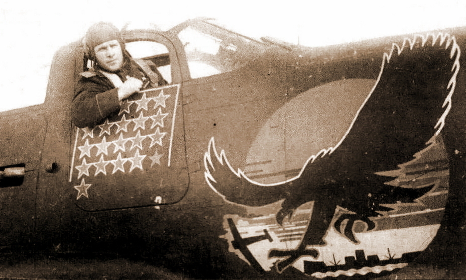 ​Hero of the Soviet Union, Major Vyacheslav Sirotin (1913-1948) in his «Aerocobra» cabin. The pilot fought from the first day of the war to the last, and by victorious May 1945 was a regimental commander. - Highlights for Warspot: Soviet ace and American canned food | Warspot.net