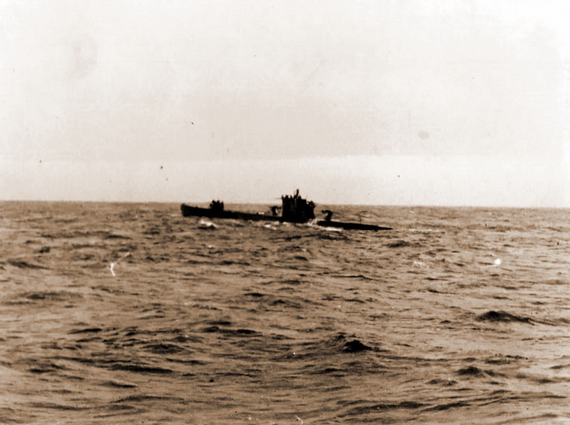 "​Picture was taken in February of 1943 from aboard of U 604 submarine, shows resupplying rendezvous with U 459 ""milk cow"" in Northern Atlantic - What the ""Dönitz' grey wolves"" were eating? 