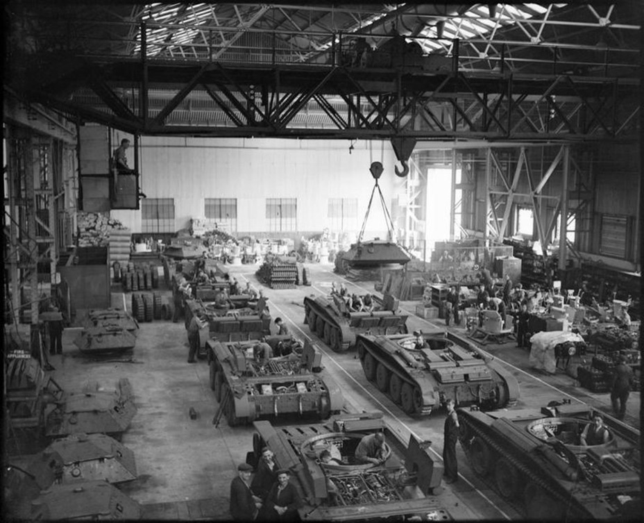 ​Cruiser Tank Mk.V production at the LMS factory. April, 1941 - Covenanter: Reservist Tank | Warspot.net