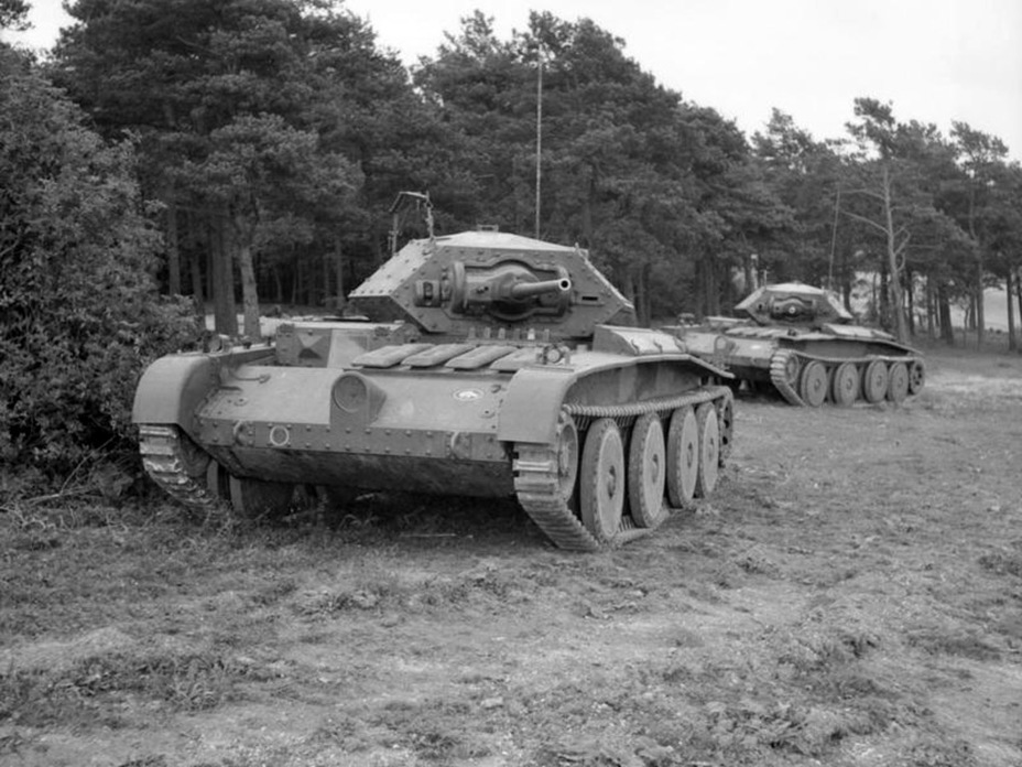 ​Covenanter I from the 1st Armoured Division during Exercise Bumper, September 1941 - Covenanter: Reservist Tank | Warspot.net