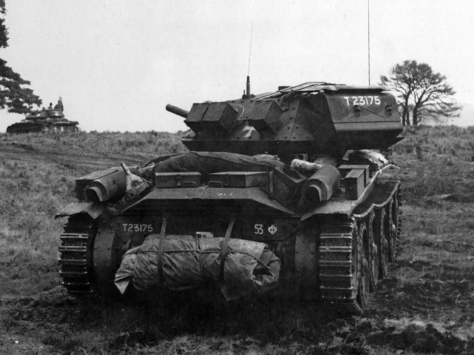 ​Covenanter III tank from the 9th Armoured Division on exercises, 1942. It is easy to see how the rear of the hull is significantly different from tanks of other modifications - Covenanter: Reservist Tank | Warspot.net