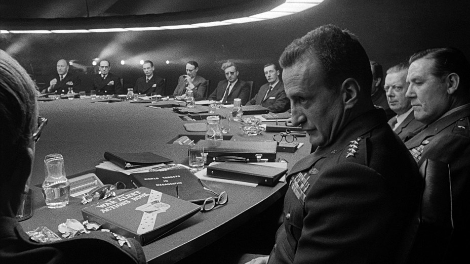 ​Just look at the tough guys, who keep the world in fear and decide the fate of all mankind - Warspot about movies: a memorial to the era from Stanley Kubrick | Warspot.net
