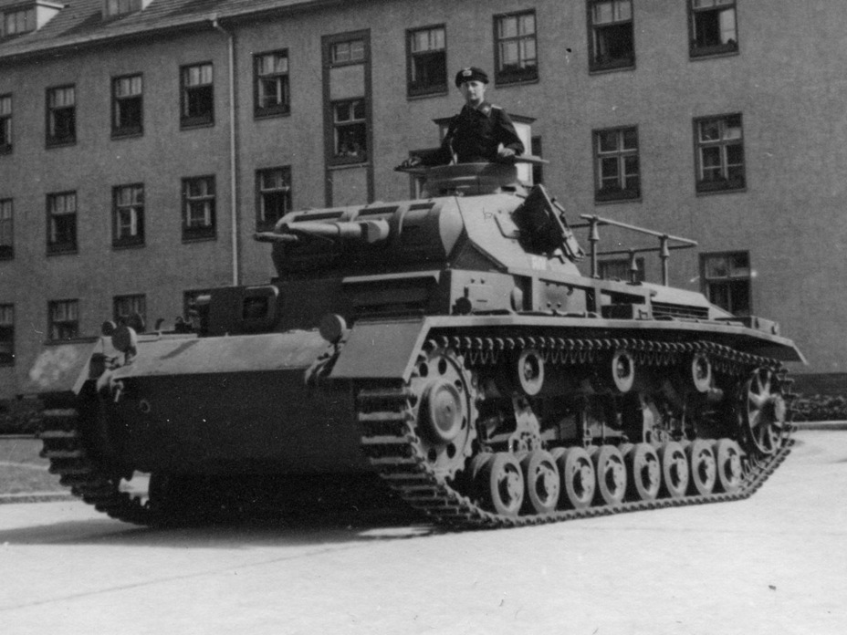 ​Pz.Bef.Wg. Ausf.D1. This tank is noticeably different from the PzIII Ausf. D - Pz.Kpfw.III Ausf B-D | Warspot.net