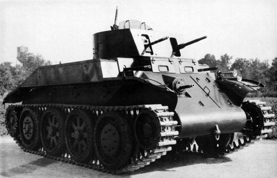 ​The modernized Combat Car T4E1. It received an additional AA machinegun, plus two machineguns in the sponsons - Combat Car T4: Christie Style | Warspot.net