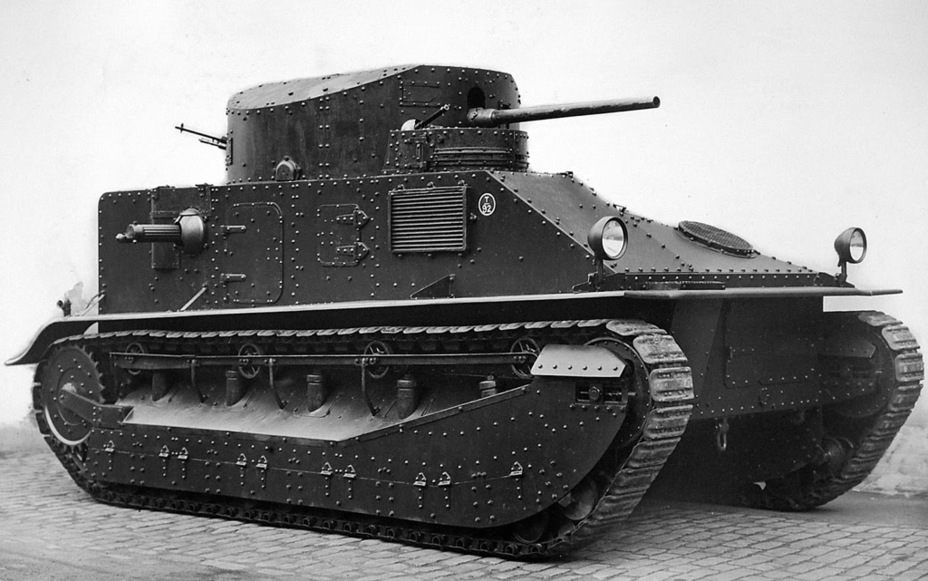 ​The same tank from the right - Medium Tank Mk.II: Interbellum Long-Liver | Warspot.net