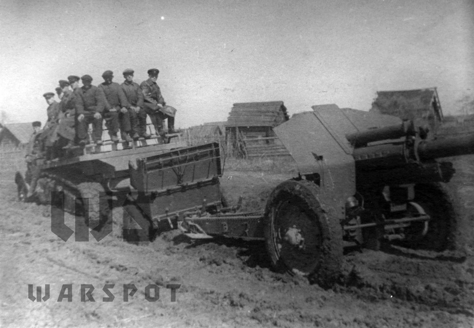 ​Mobility trials. It's unlikely that the crew took too much pleasure in riding on the ammunition crates - Halftrack Experiments | Warspot.net