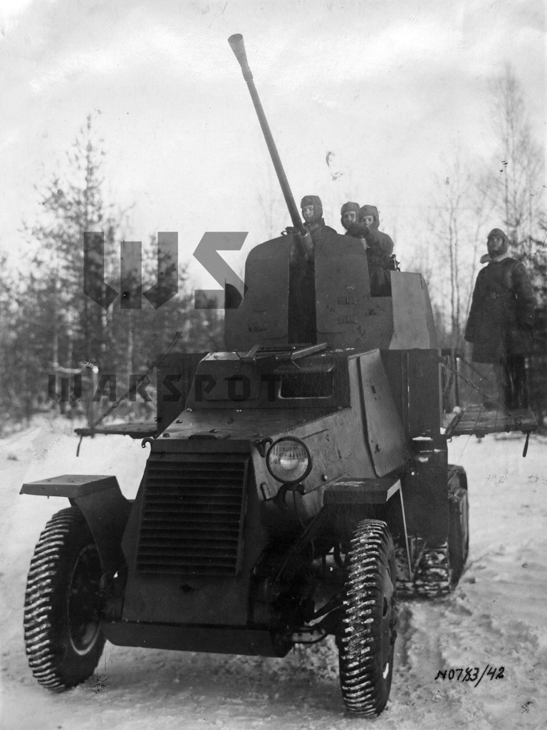 ​The new grille design is visible - Halftrack Experiments | Warspot.net