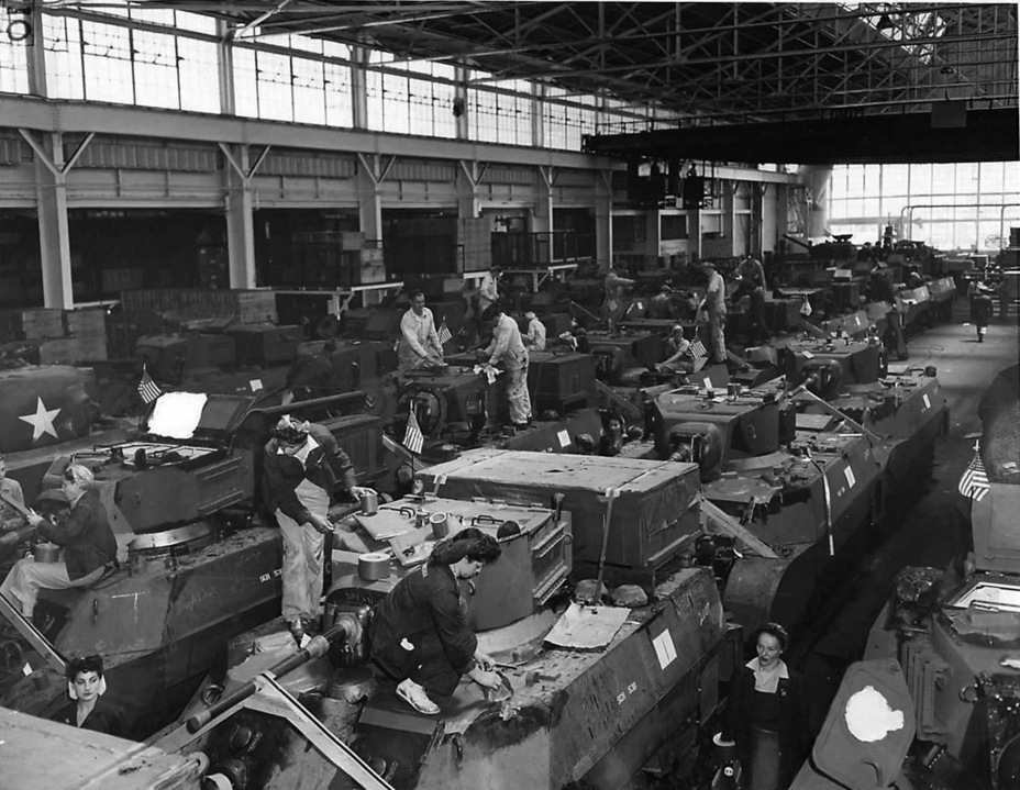​Preparations for sending the Light Tank M3A3 abroad. The lack of pistol ports on the turret means that the tanks are either mid or late production - Light Tank M3A3: American Emigrant | Warspot.net