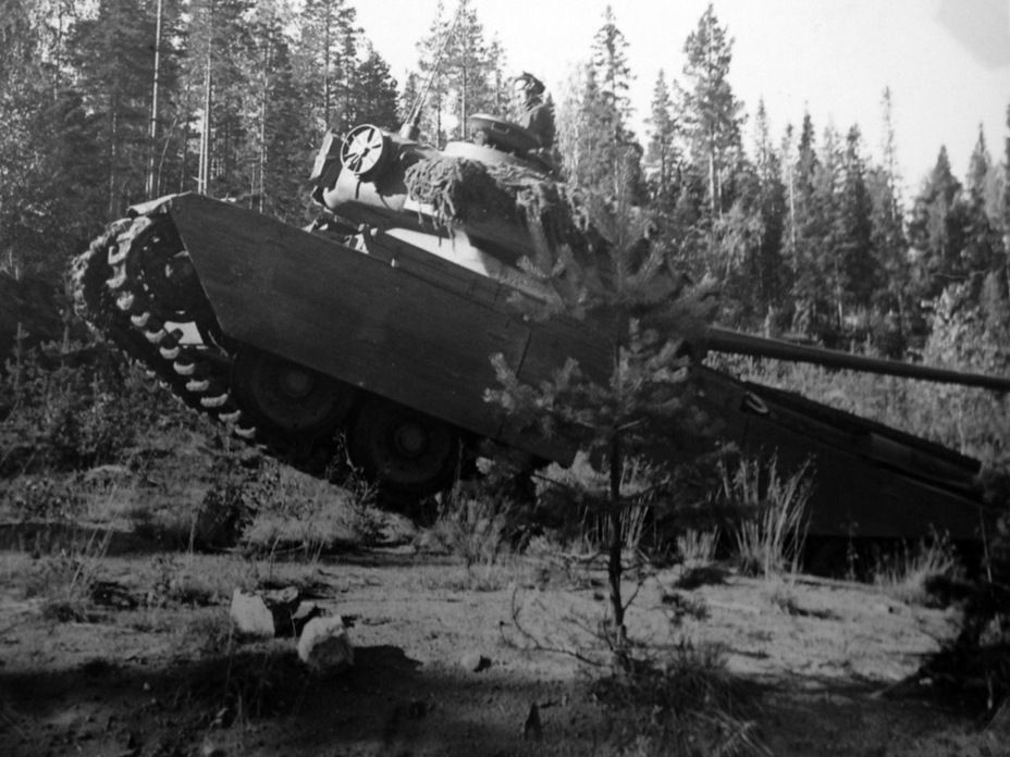 ​Exercises with P 2 tanks, summer of 1954 - Adventures of the Centurion in Scandinavia | Warspot.net