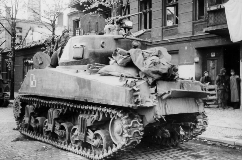 ​A tank from the 219th Guards Tank Brigade, 1st Mechanized Corps. It carries the characteristic markings of the 1st MC on the side. Berlin, April 1945 - M4A2(76)W: Emcha With a Long Hand | Warspot.net