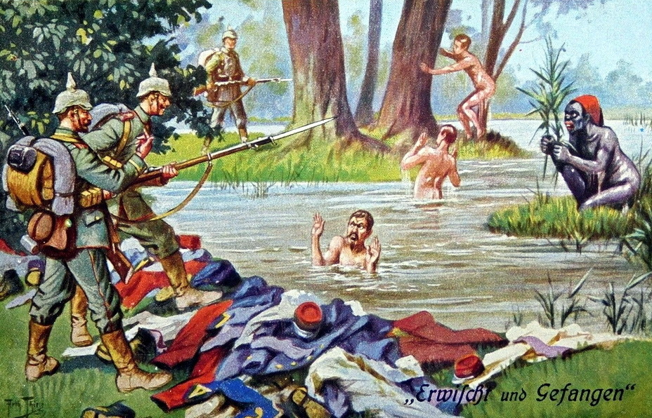 "​The French soldiers and a Senegalese infantryman were caught when having a bath. ""After a dusty and hot day, the French soldiers do not mind swimming in a cool forest lake, but the Germans will end joyfulness. If you get caught so unexpectedly, any bath is not very refreshing, you get caught so unexpectedly, any bath will not be very refreshing» - Highlights for Warspot: what a beautiful captivity! 