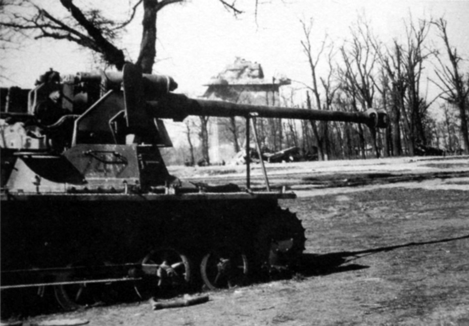 ​An abandoned SPG on the Panzerjager I chassis, Berlin, May 1945 - Small, But Fierce | Warspot.net