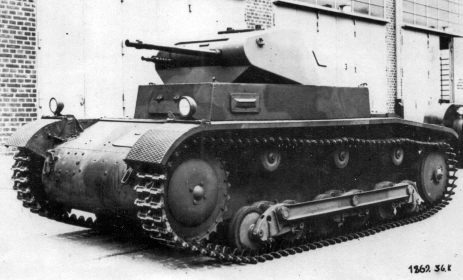 ​Second MAN La.S. prototype with an experimental turret and turret ring. The tank is very different from the first vehicle - Pz.Kpfw.II Ausf.a through b: An Unplanned Tank | Warspot.net