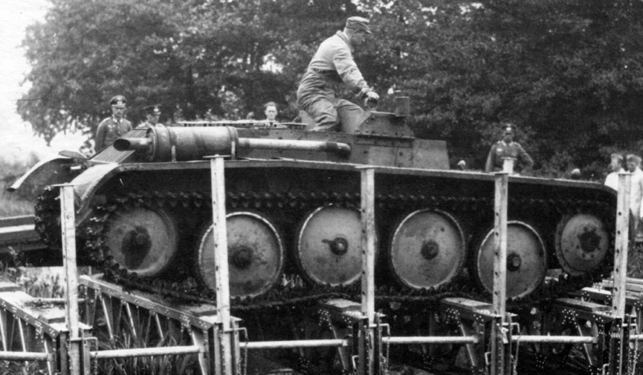 ​Experimental chassis on trials, 1937. Whether it was created by MAN or Krupp is an open question - Pz.Kpfw.II Ausf. D-E: Unlucky Torsion Bars | Warspot.net