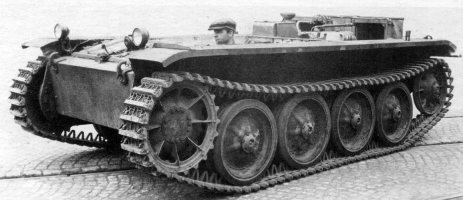​One of the first Pz.Kpfw.II (Flamm) Ausf. B chassis. The running gear underwent noticeable changes, especially the tracks, drive sprockets, and idlers - Pz.Kpfw.II Ausf. D-E: Unlucky Torsion Bars | Warspot.net
