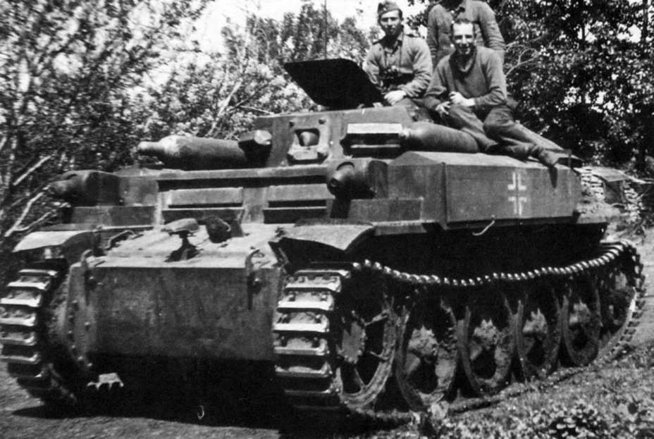 ​One of a few photographs of the PzII (F) Ausf. B. Soon after the start of production, they were converted into tank destroyers - Pz.Kpfw.II Ausf. D-E: Unlucky Torsion Bars | Warspot.net