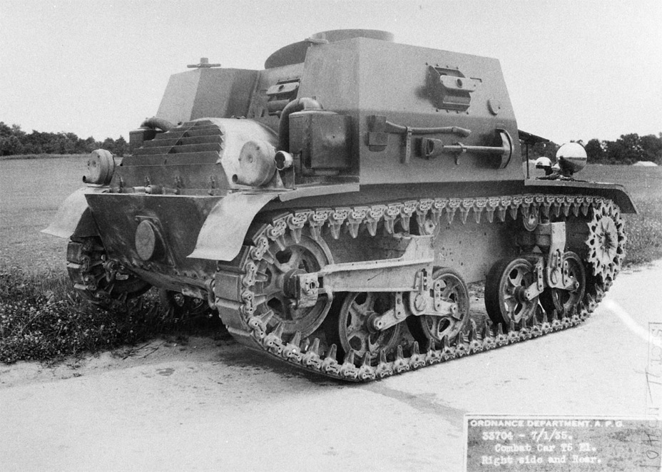 ​The fuel tanks had to be moved to increase the volume of the fighting compartment - Combat Car M1: Armour for American Cavalry | Warspot.net