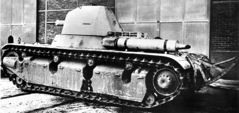​Like most French light tanks, the AMX 38 had a tail - AMX 38: A Tank Between Classes | Warspot.net