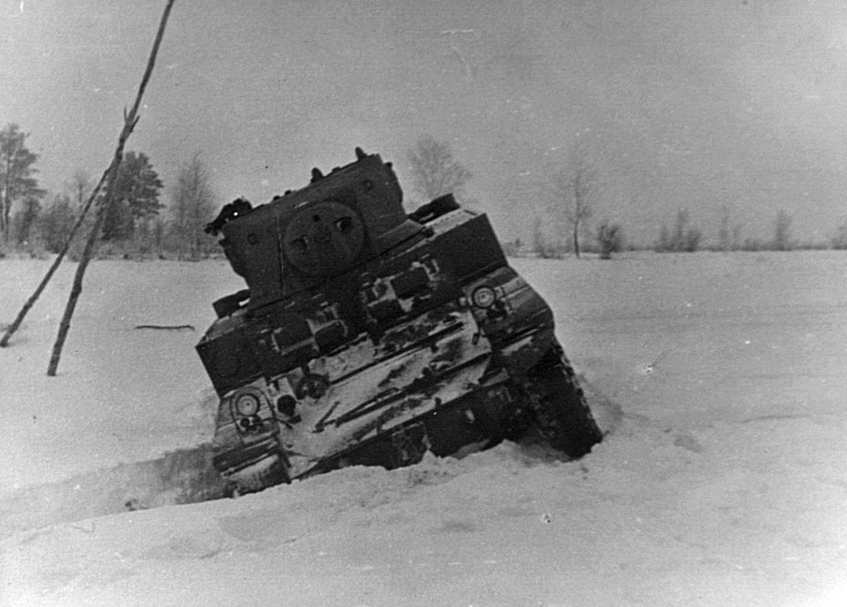 ​The tank became stuck when trying to cross a ditch - M3A1: Light Tank with a Hard Fate | Warspot.net
