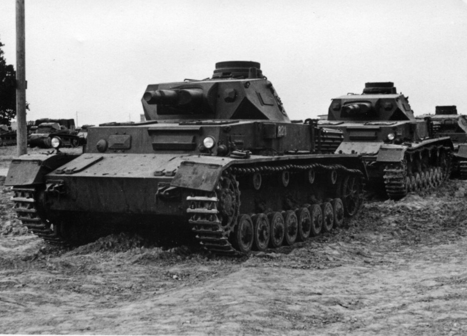 ​The PzIV Ausf. C looked very similar to its predecessor - Pz.Kpfw.IV Ausf. A through C | Warspot.net