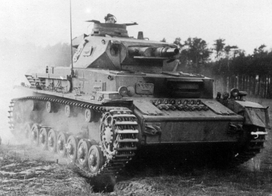 ​PzIV Ausf. C with a full set of modernizations, including extra 30 mm of front armour on the middle front plate - Pz.Kpfw.IV Ausf. A through C | Warspot.net