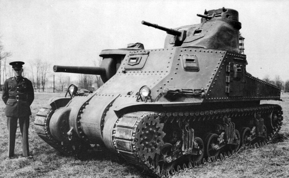 ​The first experimental Medium Tank M3, built by the Rock Island Arsenal. Aberdeen Proving Grounds, late March 1941. You can see that the commander's cupola has no observation device from the left side - Medium Tank M3 | Warspot.net