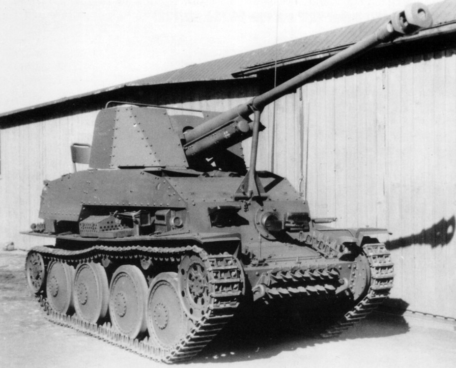 ​Pz.Sfl.2 from the 1st production batch, spring 1942. The gun travel clamp, which broke down often, can be seen - Marder III: German Tank Destroyer on a Czech Chassis | Warspot.net