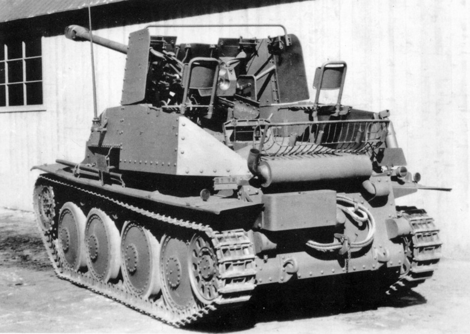 ​The same vehicle from the rear. The design of the fighting compartment allows the vehicle to carry additional ammunition crates in the rear - Marder III: German Tank Destroyer on a Czech Chassis | Warspot.net