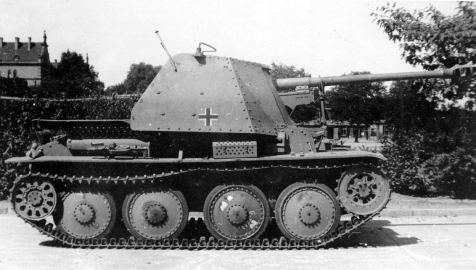 ​An SPG that was made via conversion of a refurbished Pz38(t) - Marder III: German Tank Destroyer on a Czech Chassis | Warspot.net