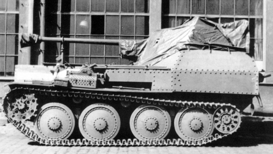 ​This is how the tarp was affixed on the Panzerjäger 38 - Marder III: German Tank Destroyer on a Czech Chassis | Warspot.net
