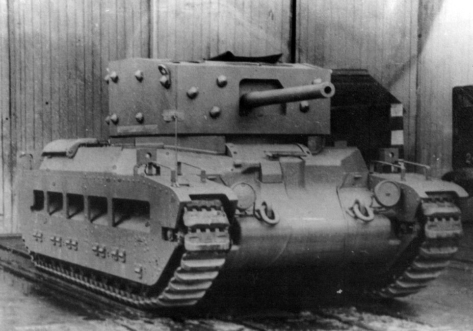 ​A model of the A24 cruiser tank turret with a 6-pounder gun on the Matilda. The failure of this project put an end to this tank - Short-Term Queen of the Desert | Warspot.net