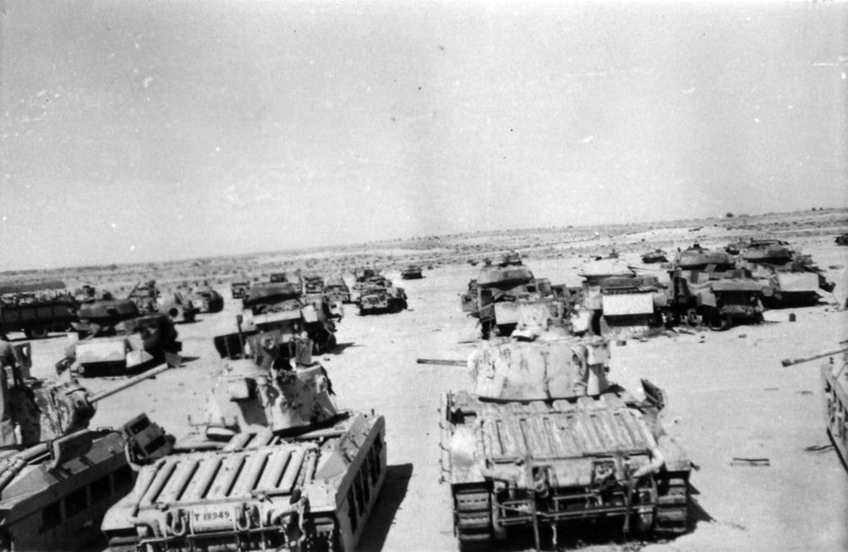 ​Repair dump, late 1942. By that point, the Matilda was relegated to the second lines - Short-Term Queen of the Desert | Warspot.net