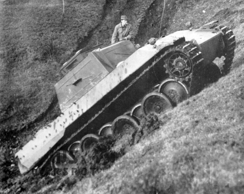 ​The first Versuchs-Panther prototype, built in September of 1942. A dummy turret is installed - Panther's Ancestors | Warspot.net