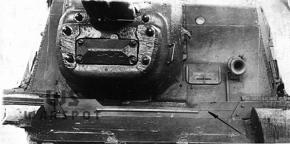 ​Mudguard introduced in July of 1945, one of the last changes to the design of the ISU-122 and ISU-122S. This vehicle has a welded front hull, introduced in February-March 1945 - ISU-122 Heavy Tank Destroyer | Warspot.net