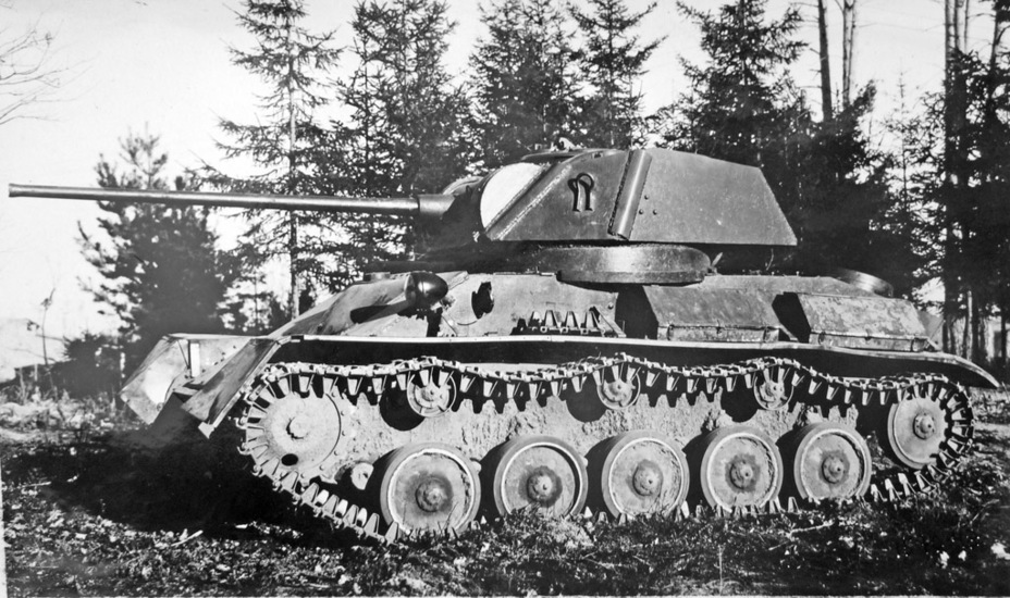 ​Molotov GAZ production T-80 with a VT-43 gun, Gorohovets proving grounds, late September 1943 - The First T-80 | Warspot.net