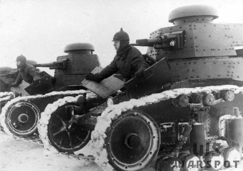 ​Winter exercises. The second batch T-18 tank has a new idler - T-18: Mass Produced Answer to Chamberlain | Warspot.net