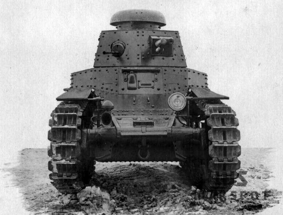 ​The same tank from the front - T-18: Mass Produced Answer to Chamberlain | Warspot.net
