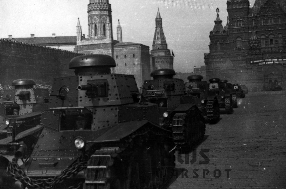 ​T-18 at the 1st of May parade in Moscow. Tanks of the third batch are in front, tanks from the second batch are behind them - T-18: Mass Produced Answer to Chamberlain | Warspot.net