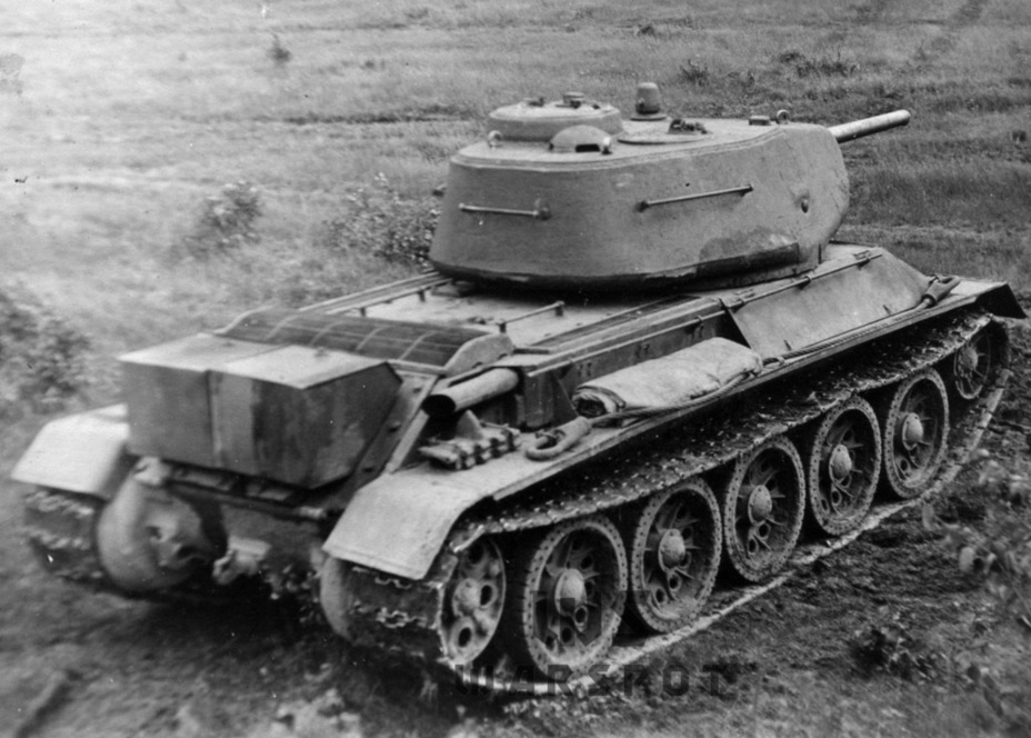 ​The tank was built to blueprints made in the spring of 1943, but its weight went over 34 tons - T-43: an Intermediate Step | Warspot.net
