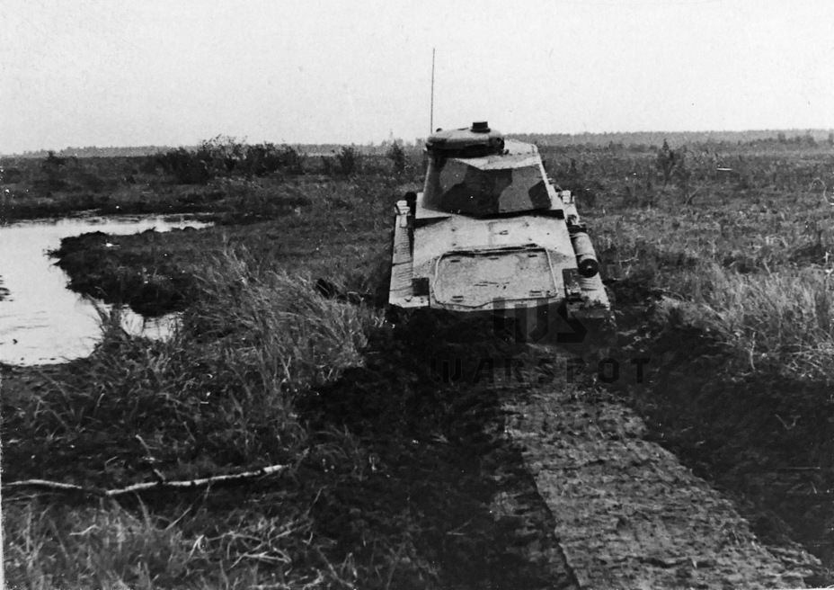 ​Trials in a swamp. The Czechoslovakian tank did not finish the test, but the T-26 was stuck after driving only 10 meters - Courtesy Visit | Warspot.net