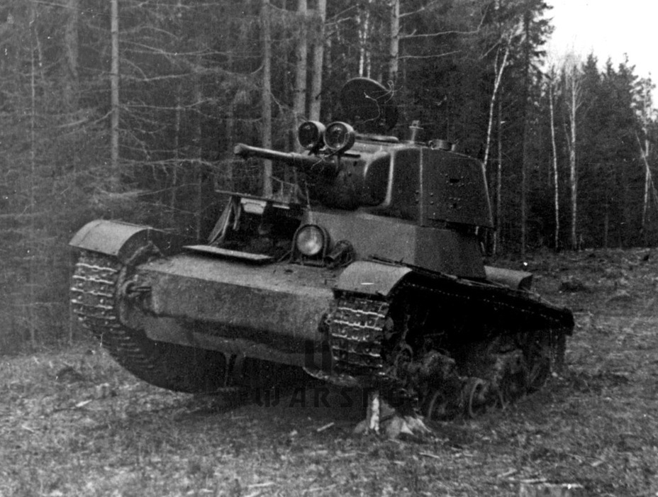 ​The T-26's speed increased significantly with a new suspension - Courtesy Visit | Warspot.net